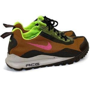 Vintage ✨NIKE✨ ACG Hiking Running Sneakers
